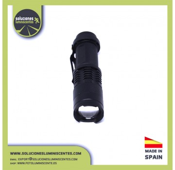 Professional Flashlight of 1 UV